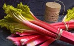 p_fresh-rhubarb_1570016c